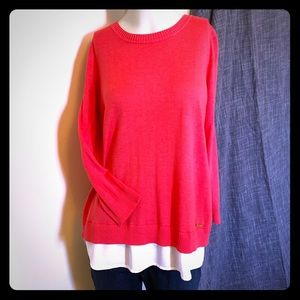Layered sweater-blouse in coral pink